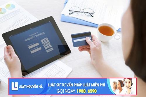 Không trả lại tiền được chuyển nhầm có thể bị truy cứu trách nhiệm hình sự về Tội chiếm giữ trái phép tài sản